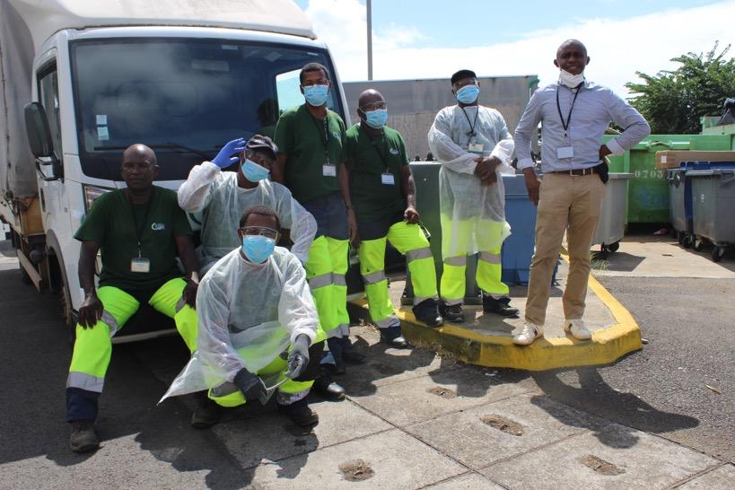 Agents d'entretien qualifié au centre hospitalier de Mayotte, Ils font disparaître les déchets
