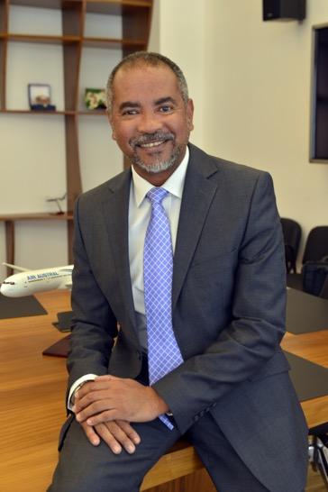 """Dominique Dufour, secrétaire général d'Air Austral : """"Nos prix n'augmenteront pas"""""""