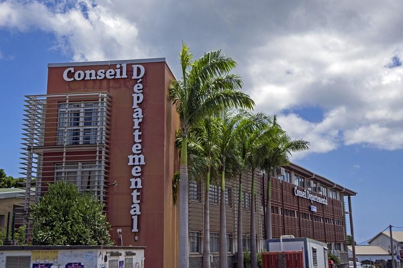 La gestion de la fonction publique défaillante à Mayotte ?