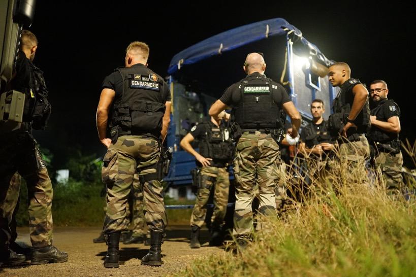 Une nuit avec les gendarmes mobiles à Mayotte