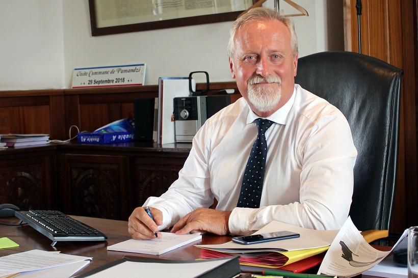 Matériel sanitaire, liaisons aériennes, Mistral, RSMA, ramadan... le préfet de Mayotte revient sur les dossiers chauds