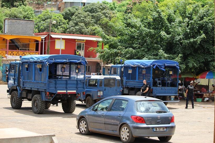 """« Gagner en agilité"""" pour faire respecter le couvre-feu à Mayotte"""
