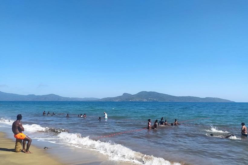 « Mayotte devrait recenser 105 maîtres-nageurs »