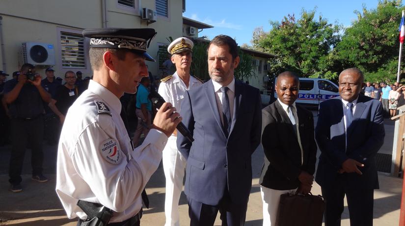 """Christophe Castaner : """"À Mayotte, on fait du sur-mesure"""""""