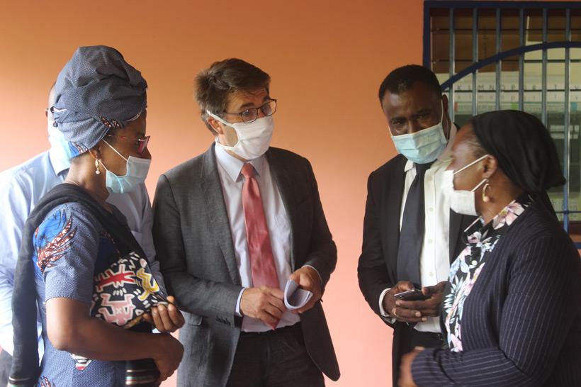 Mayotte : le recteur Gilles Halbout commence sa tournée non-urbaine