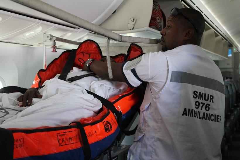Suspension des vols : le centre hospitalier de Mayotte devra attendre ses renforts