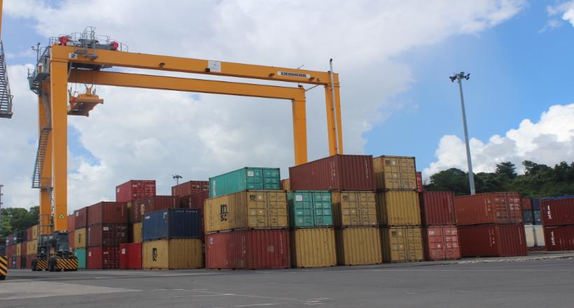 """Approvisionnements : les effets """"boule de neige"""" du confinement pour les entreprises mahoraises"""