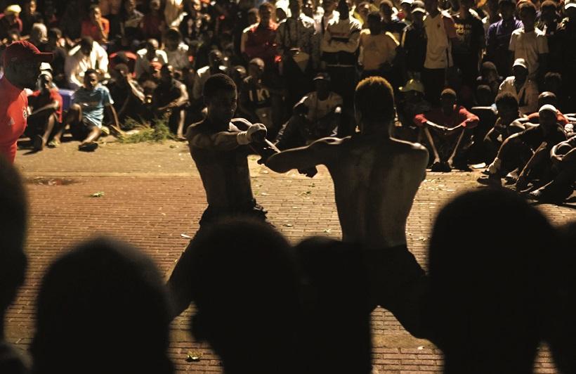 À Mayotte, deux mourengué dégénèrent en simultané