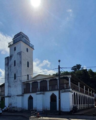 Mosquées ouvertes à Mayotte : la foi des fidèles prime sur le danger sanitaire