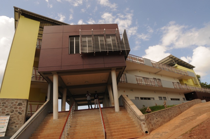 """Cambriolage du lycée Mamoudzou nord : """"il faut que les jeunes retrouvent un cadre"""""""