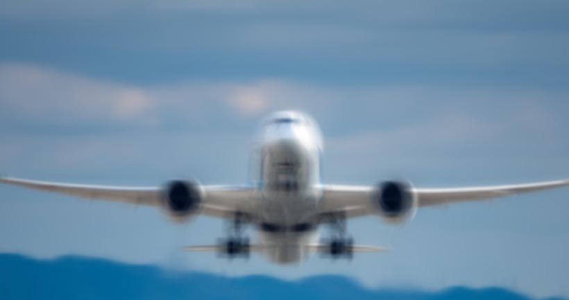 Reprise des vols et prolongement de l'état d'urgence : le grand flou à Mayotte