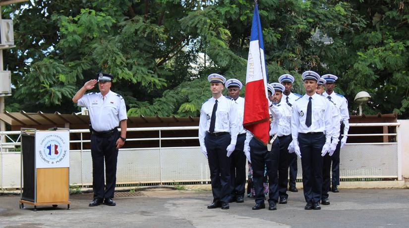 Douze policiers récompensés de la médaille d'honneur