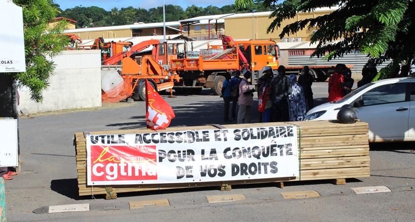 Les ouvriers de la Colas demandent 300 € d'augmentation par mois et par salarié