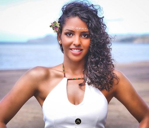 """Miss Mayotte : """"Je voudrais que les gens retiennent un côté positif de Mayotte"""""""