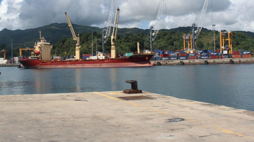 Port de Longoni, une ville dans la ville