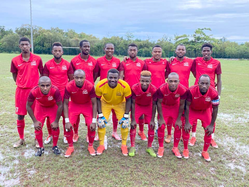 coupe-france-football-club-mtsapere-pres-du-but-1