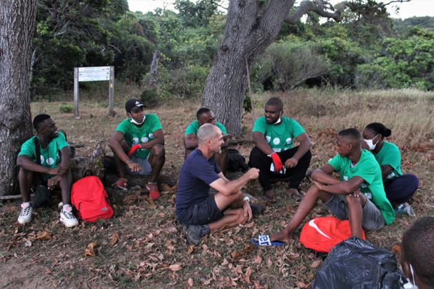 bivouac-saziley-sensibilisation-environnement-jeunes-mtsamoudou