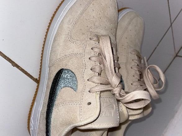 Baskets (Nike)