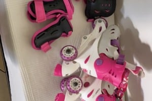 Rollers taille 27 à 30 avec casque et protection
